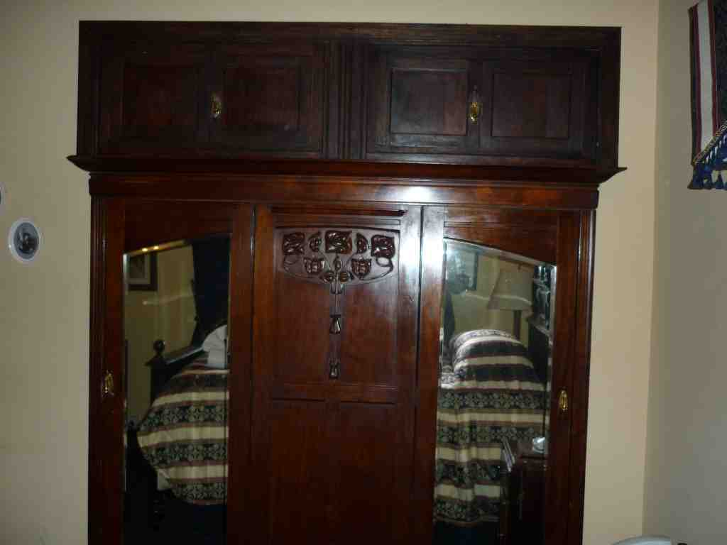 Nessbitt Castle cupboard wardrobe