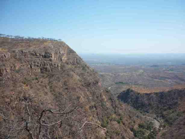 Mucheni Gorge Chizarira view