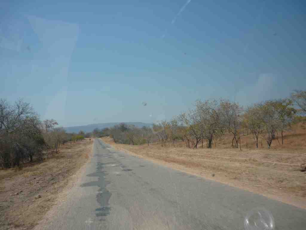 Kamativi Tin Mine Road