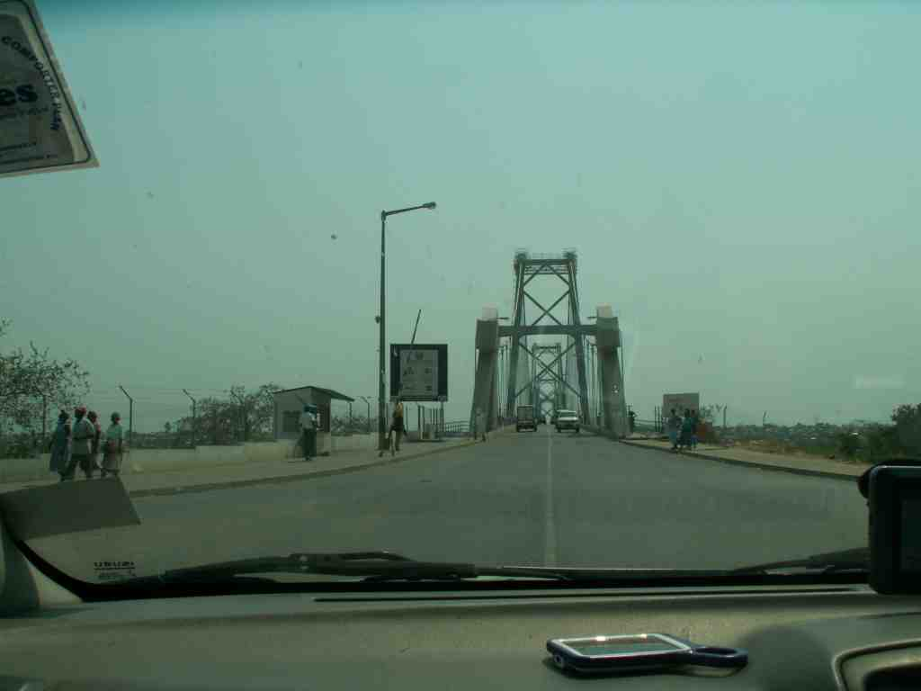 Zambezi bridge